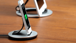Just Mobile AluBolt Is An iPhone and iPad mini Stand That Is Just Right