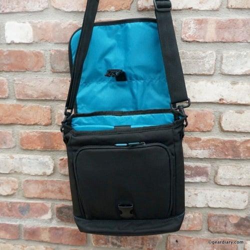 Gear Diary Skooba iPad Tablet Courier Bag 40 001