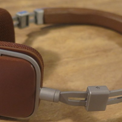 geardiary-harman-kardon-soho-on-ear-earphones-017