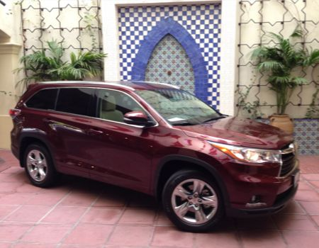 2014 Toyota Highlander/Images by Author