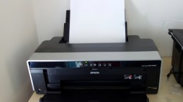 GearDiary Epson Stylus Photo R2000 Inkjet Printer - Professional Printing Results at Home!