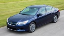 2014 Honda Accord Hybrid Is a Big Green Hit