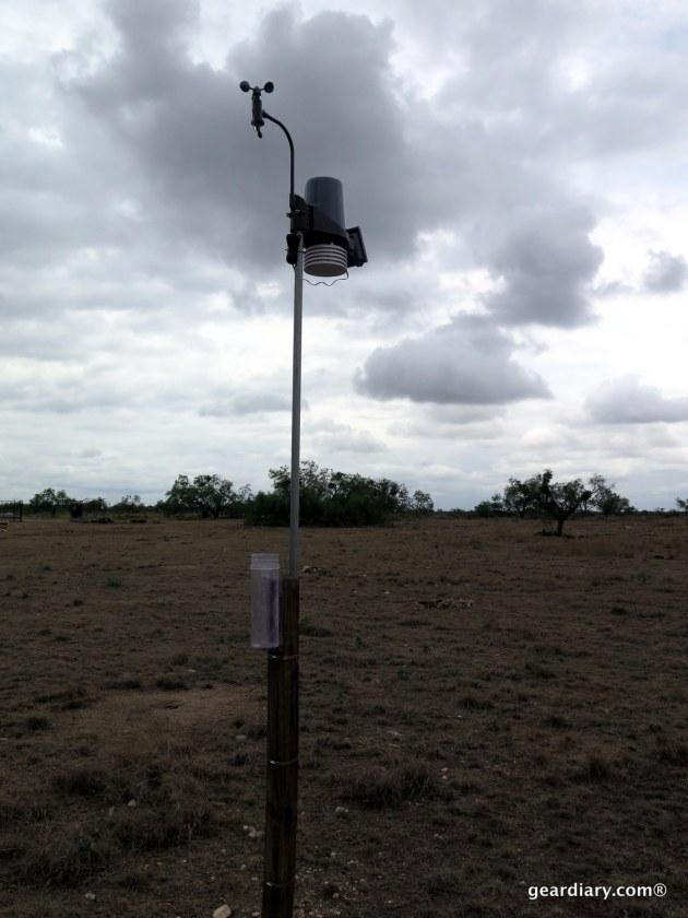 Gear Diary Oregon Scientific Ultra Precision Professional Weather Station WMR300-012