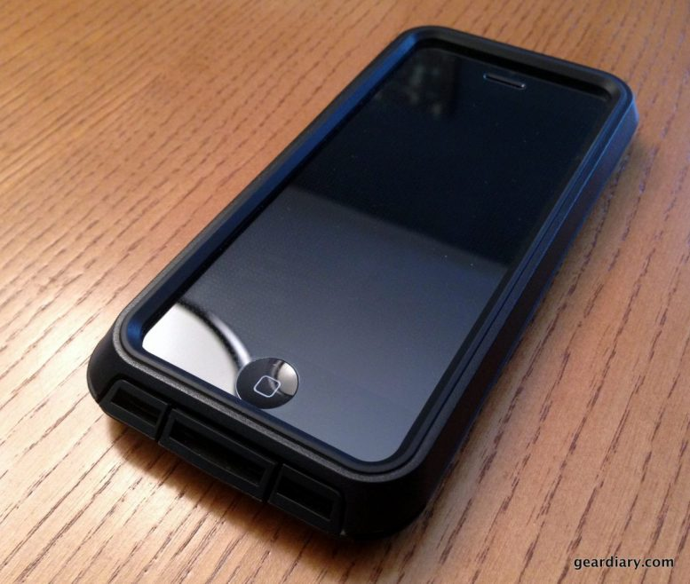Pelican Progear Voyager Rugged Case for iPhone 5/5s Review  Pelican Progear Voyager Rugged Case for iPhone 5/5s Review