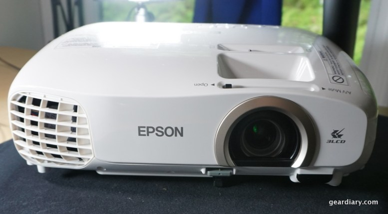 """Theater To Go"", Thanks to the Epson PowerLite Home Cinema 2030 - Part One"