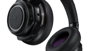 Plantronics BackBeat PRO Wireless NC Headphones Now Available