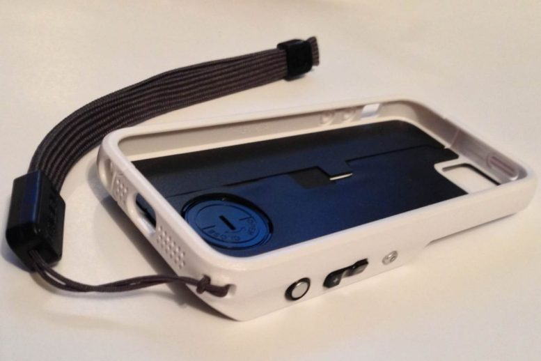 Incipio Focal Camera Case Turns iPhone into Point and Shoot