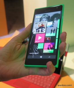 GearDiary Which New Nokia Would You Rather? The Lumia 830 or the Lumia 735?