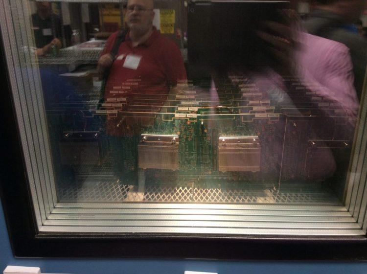 HP Houston Labs081