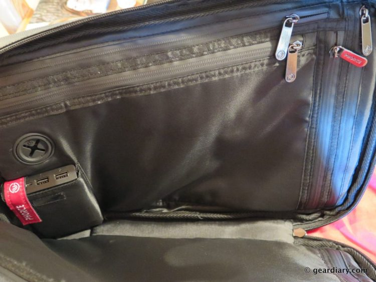 Gear Diary Reviews the Phorce Freedom Laptop Bag-007