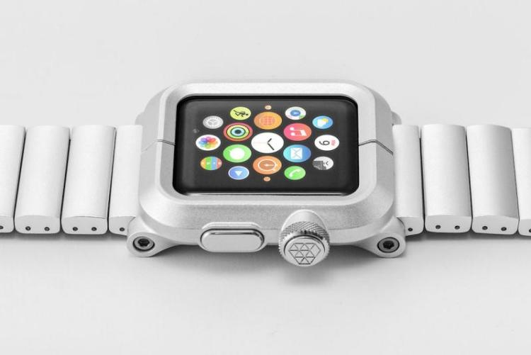 Lunatik's Epik is a Kit for Your Apple Watch That's Stylish and Protective