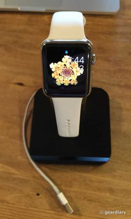 17-17-Gear Diary Review the Griffin WatchStand for Apple Watch.45