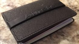 The Ainste Evan Wallet Is Minimalistic and RFID-Friendly!