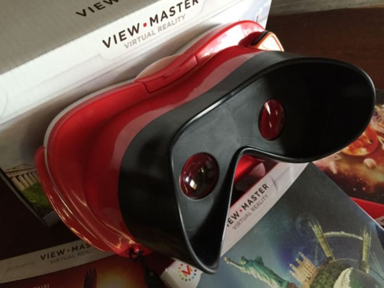 Mattel View-Master is a Blast from the Past  Mattel View-Master is a Blast from the Past  Mattel View-Master is a Blast from the Past  Mattel View-Master is a Blast from the Past  Mattel View-Master is a Blast from the Past  Mattel View-Master is a Blast from the Past  Mattel View-Master is a Blast from the Past  Mattel View-Master is a Blast from the Past