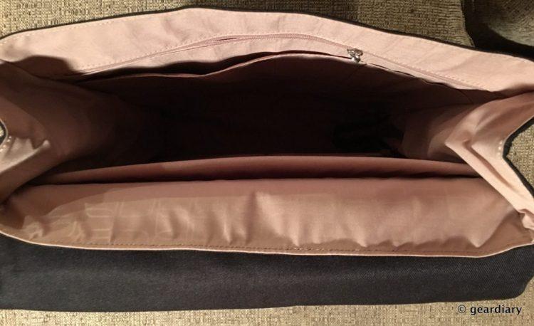 06-Moshi Helios Backpack-005