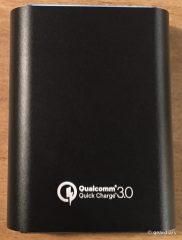 6-Choetech 10,400mAh Portable Power Bank-005