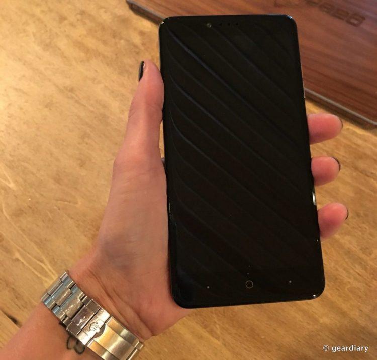 18-Metro PCS ZTE ZMAX PRO Smartphone 2048x1960