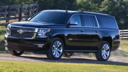 Chevy Suburban and GMC Yukon XL: Carryalls that Carry On