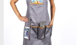 Techie Apron from Great Useful Stuff Is a Gift You Will Want to Buy for Yourself