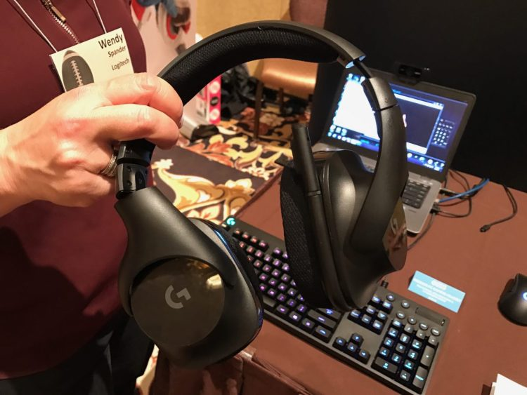 Logitech's New Wireless Gaming Set Might Make Online Game Play That Much Better