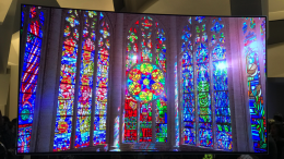 Samsung Electronics' QLED TV Series Is a Feast for Your Eyes