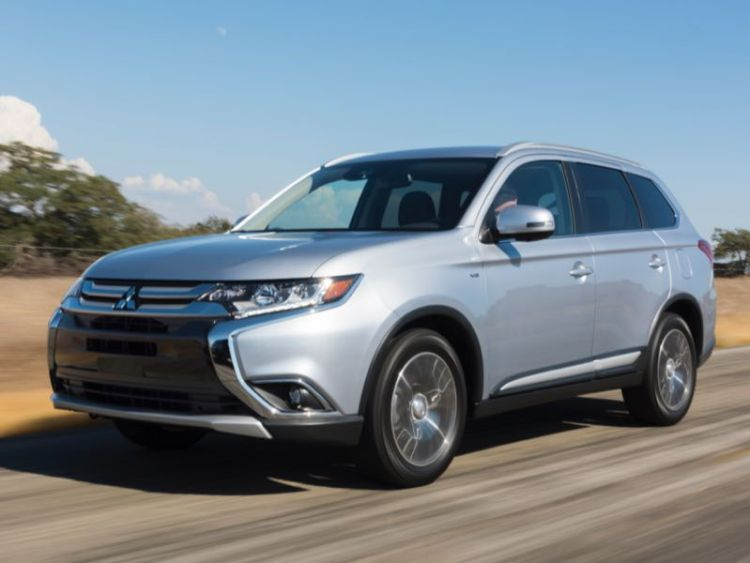 2017 Mitsubishi Outlander Family Crossover Not to be Overlooked