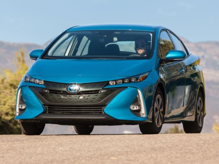2017 Toyota Prius Prime Plug-in Helps You Cut the Cord at the Pump