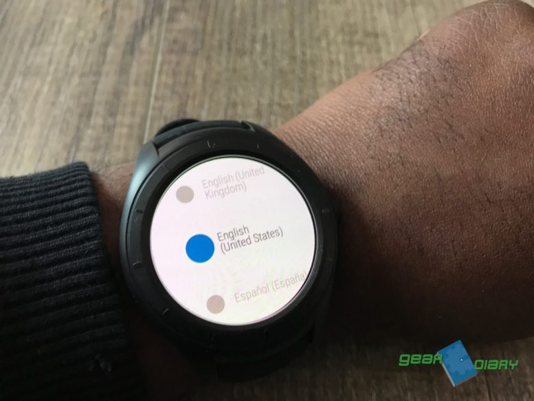 Is the RunIQ Smartwatch Truly a Watch for Runners? • GearDiary