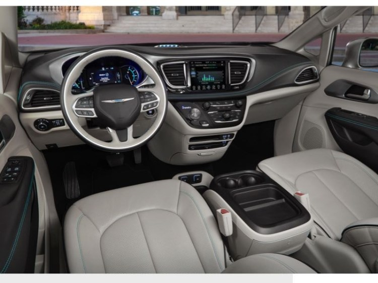 2017 Chrysler Pacifica Hybrid Minivan Is Electrifying  2017 Chrysler Pacifica Hybrid Minivan Is Electrifying  2017 Chrysler Pacifica Hybrid Minivan Is Electrifying  2017 Chrysler Pacifica Hybrid Minivan Is Electrifying