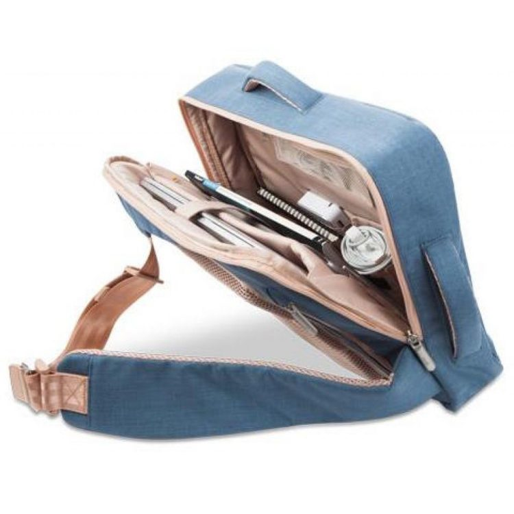 Moshi Venturo Backpack Is an All-In-One Bag for Everyone