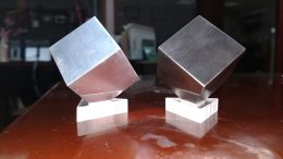 Tungsten and Aluminum Desk Cubes Entertain Just About Everyone!