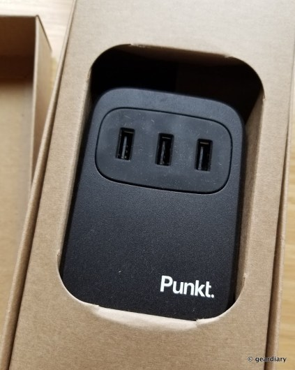 GearDiary Punkt. UC 01 USB Desktop Charger: Plenty of Power to Spare!
