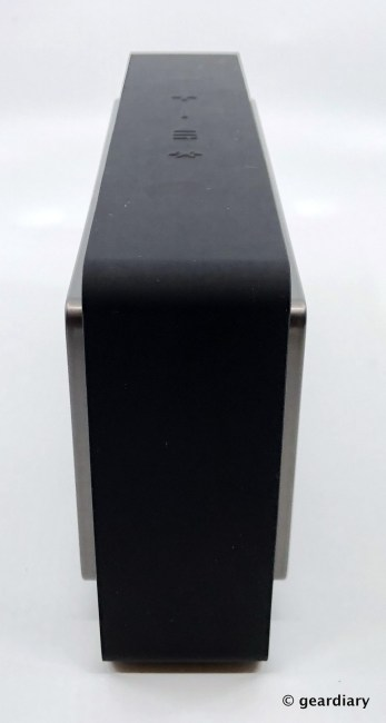 GearDiary Bowers & Wilkins T7 Wireless Speaker: Compact, Beautiful, and Clear