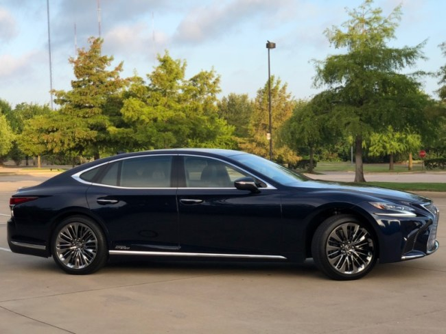 GearDiary 2018 Lexus LS 500h: Living Green in the Lap of Luxury