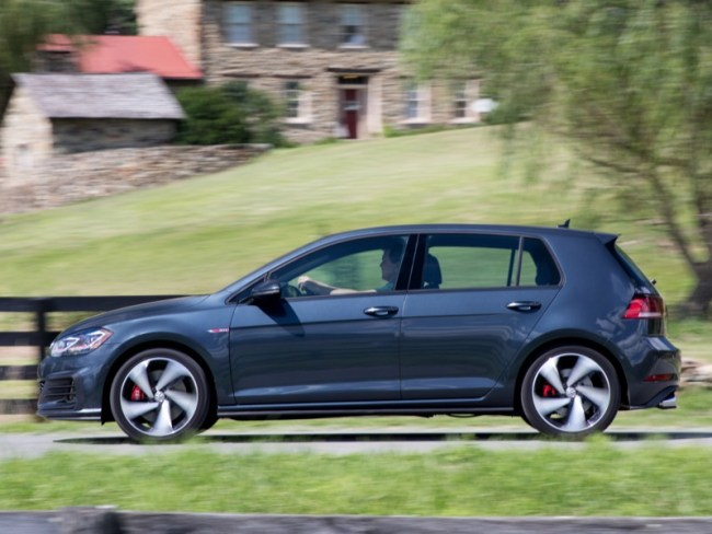 2018 Volkswagen Golf GTI Still the Gold Standard for 'Hot Hatch'