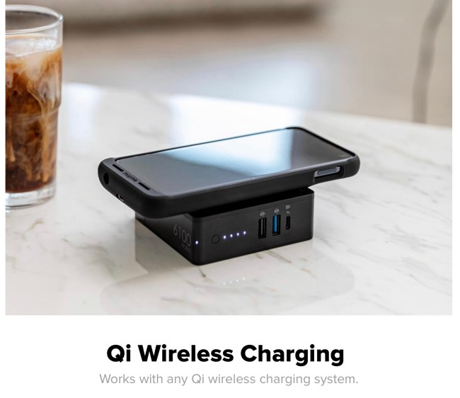 Mophie Powerstation Hub Is My New Go-To Travel Companion