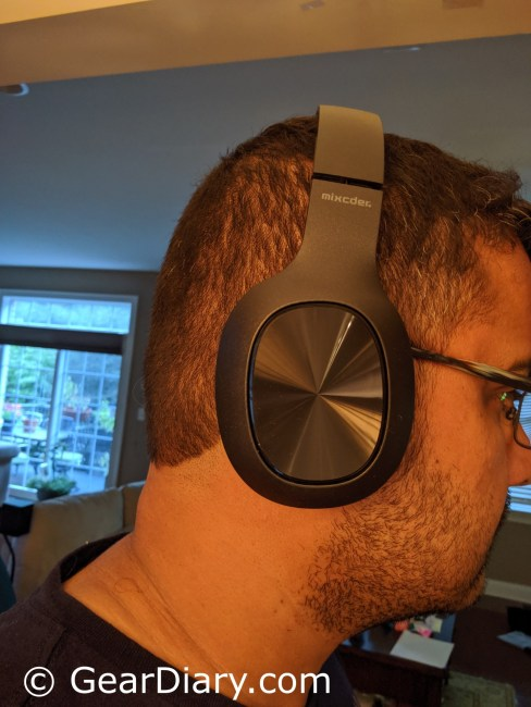 Mixcder HD901 Wireless Headphones Offer a Great Value