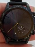 Sleek watch face
