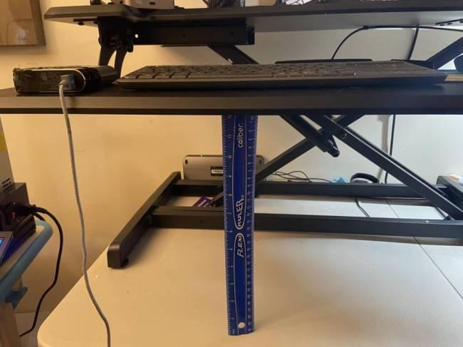 Victor DCX760G Standing Desk