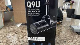 Samson Q9U Professional Broadcast Microphone Review: A Versatile Unidirectional Mic That's Perfect for Voiceovers & Podcasts