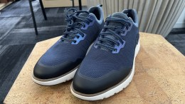 Rockport Total Motion Sport Mudguard Sneaker Review: Step Out in Comfort and Style
