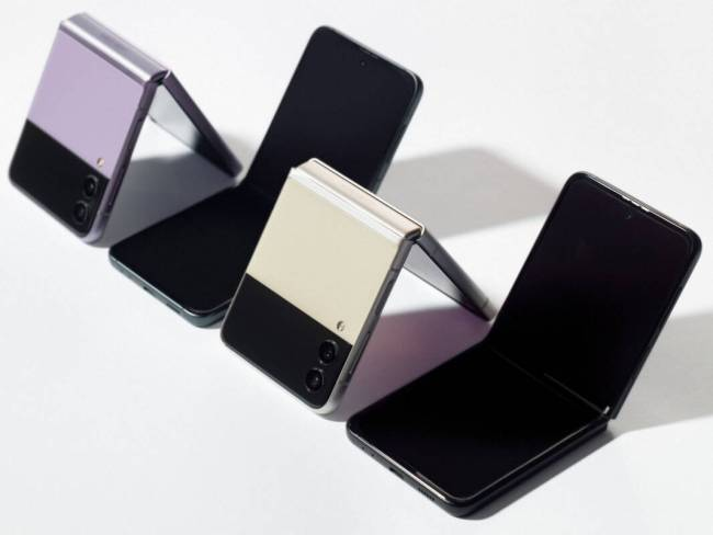 A row of half-opened Samsung Galaxy Z Flip3s