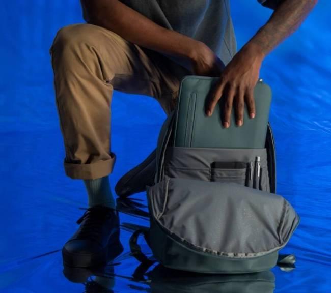 Incase Commuter Backpack w/BIONIC