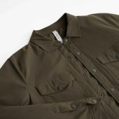 Detail on the Olivers Stadium Shirt Jacket collar.
