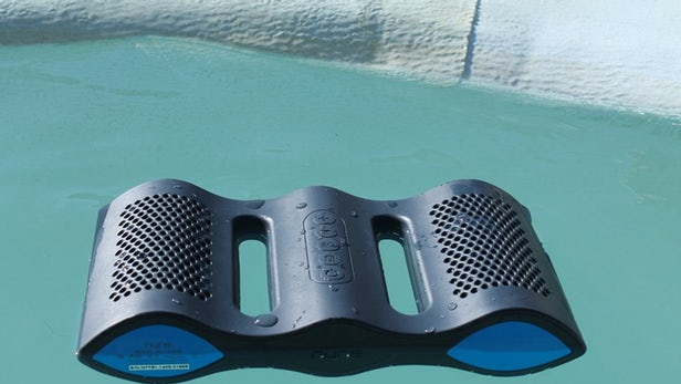 The Ultimate Bluetooth Speaker: NYNE Aqua is Waterproof With a Built-in Microphone