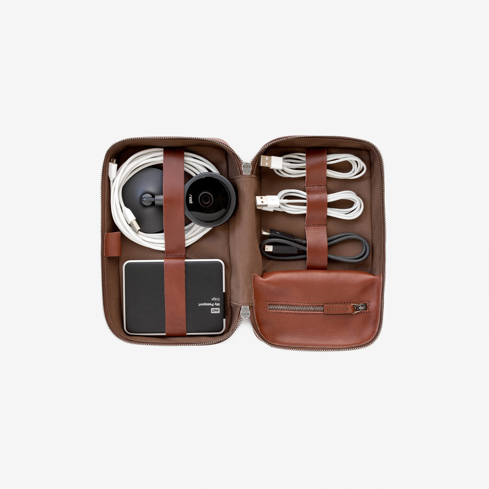 tech dopp kit main-view