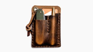 hitch-and-timber-wallet-front