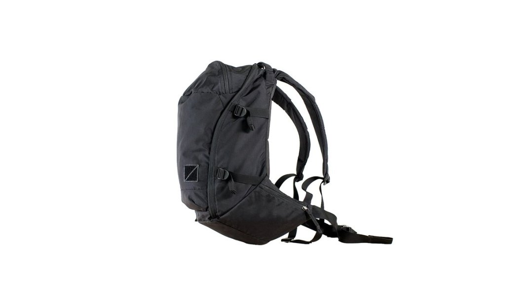 EVERGOODS Crossover Packs Blur the Line Between Outdoor and Everyday
