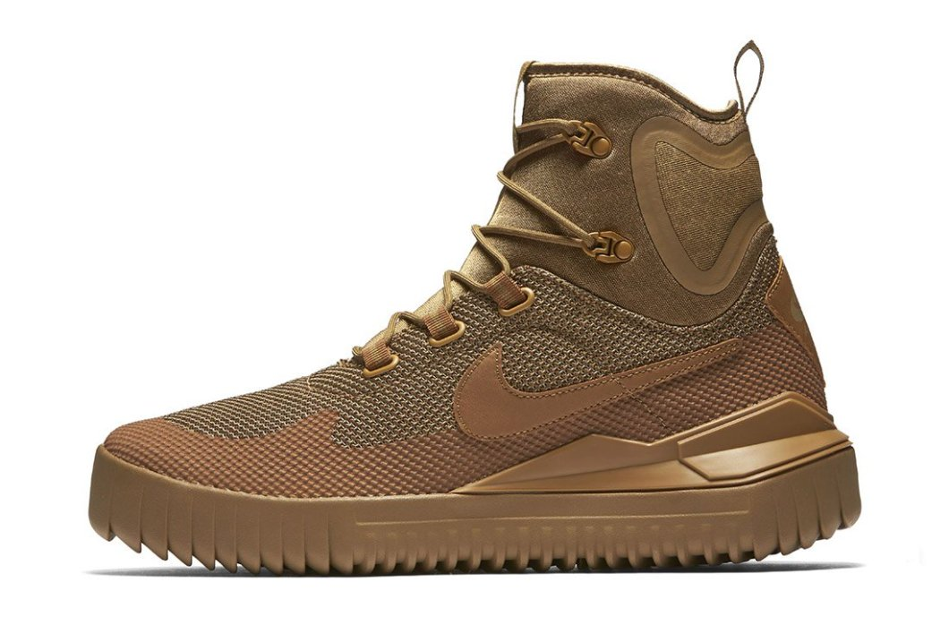 Nike Air Wild Mid Trail Shoe: Comfort of a Sneaker Yet Still a Hiking Boot