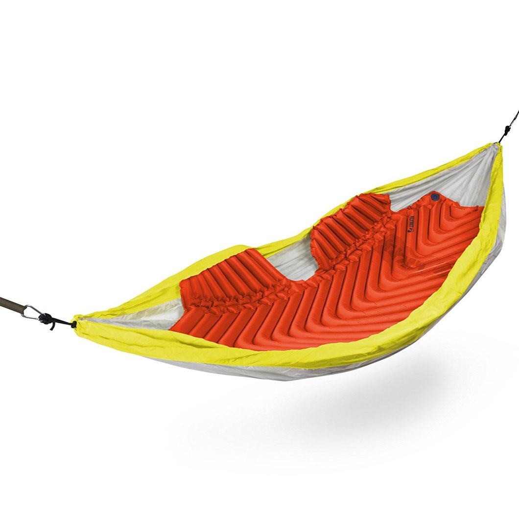 The Klymit Hammock V Sleeping Pad Keeps You Warm in Your Hammock